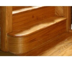 Bull nose step staircase