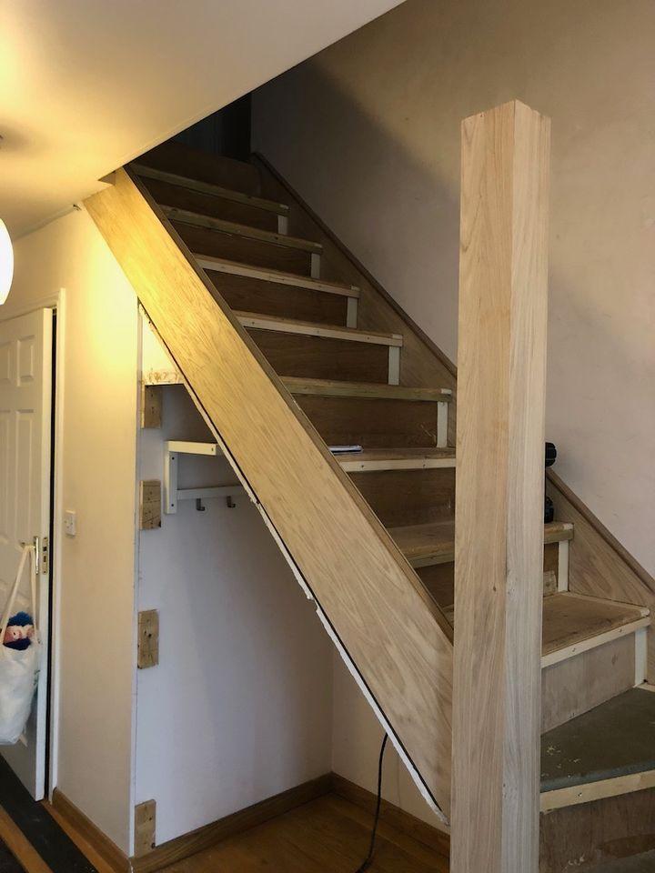 Oakhalls Oak staircase